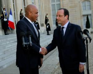 France : François Hollande évoque la possibilité de visiter Haiti