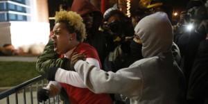 USA: Encore un jeune Noir abattu par la police près de Ferguson