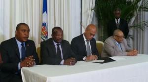 Haiti: Les trois grands pouvoirs de l'Etat signent un dernier accord tripartite