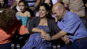Après 15 ans dans sa prison américaine, un espion cubain retrouve sa femme enceinte