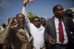 Haiti : Guerre des pouvoirs exécutif, législatif et judiciaire dans l'affaire André Michel?
