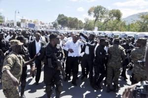 Haiti: Le Président Martelly attaqué au Champs de Mars après les funérailles