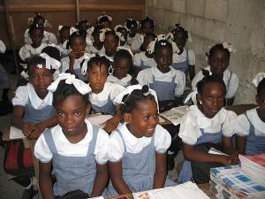 Haiti: Un uniforme unique pour tous les élèves et étudiants des écoles publiques