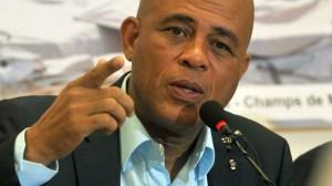Le chanteur-président haïtien, Michel Martelly, face à son échec