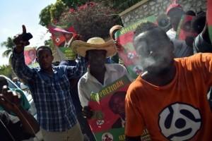Haiti: Moïse Jean-Charles dénonce un complot à l'un des centres de compilation des voix